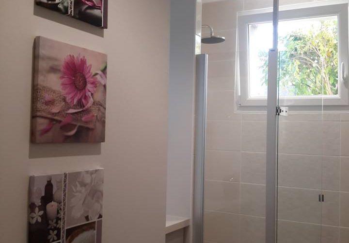 Salle de bain beige finie